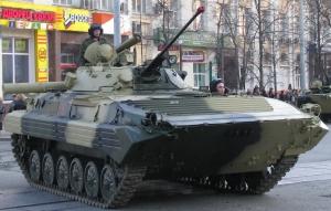BMP-2_military_parade_rehearsal