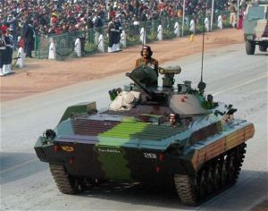 BMP-2_Sarath_AIFV_tracked_armoured_infantry_fighting_vehicle_India_Indian_army_004